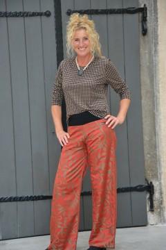 Wachaukaro-T-Shirt, Papermoonhose >> Fotoshooting Barbara