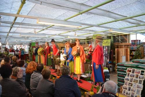 Blühmod-Modenschau 20.3.2015 in den Verkaufsräumen der Gärtnerei Fries