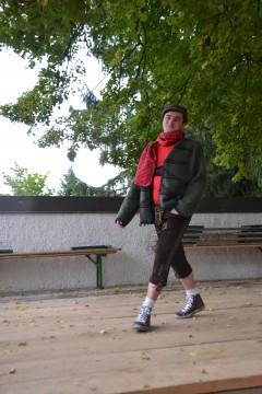 Walkjanker, Schirmkappe, KalmuckSchal, Raglan-T-Shirt