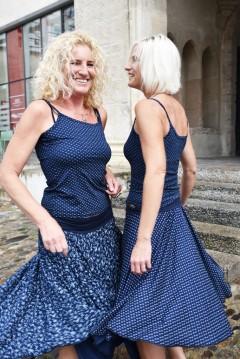 Carmenröcke, T-Shirt spaghetti Blaudruck Viskose-jersey